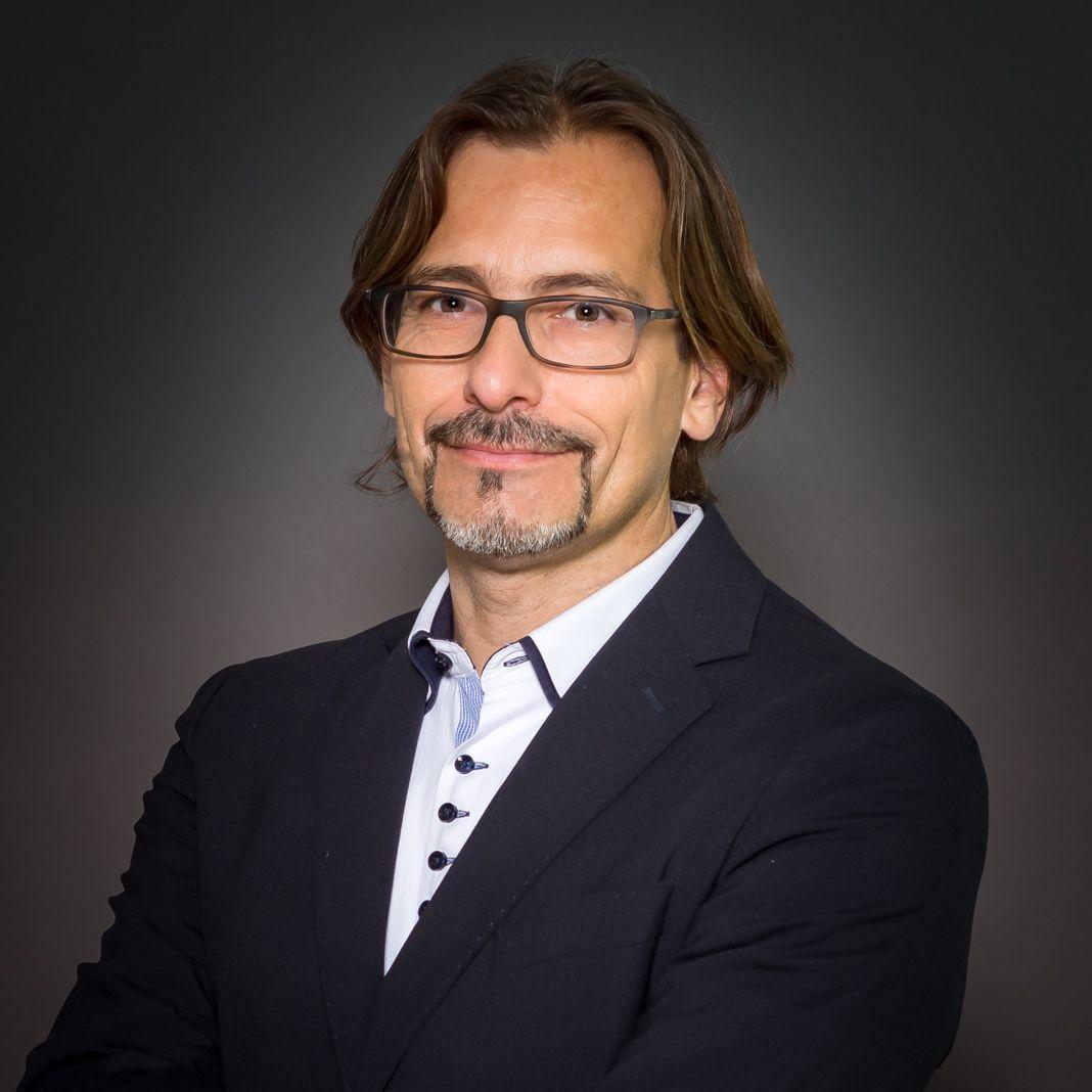 Martin Mikulik, MBA, CPM